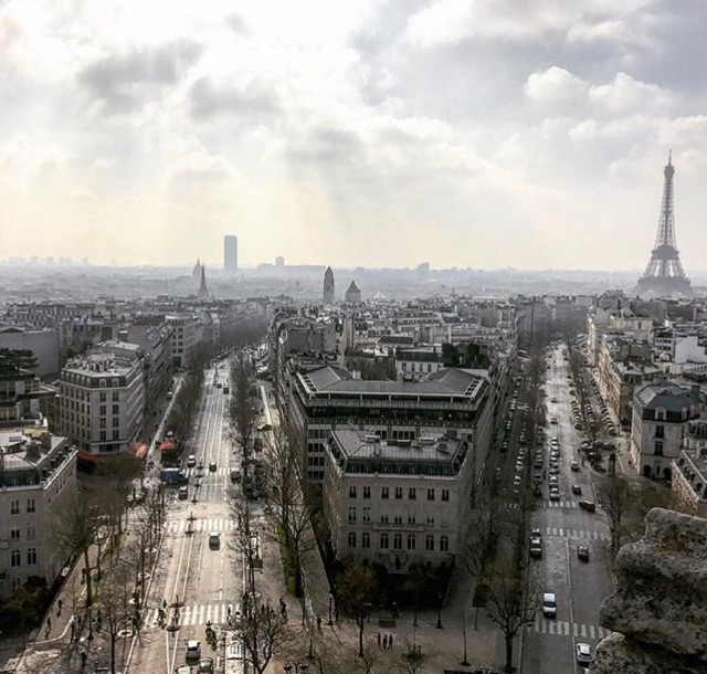 gorgeous view over Paris arc de triomphe