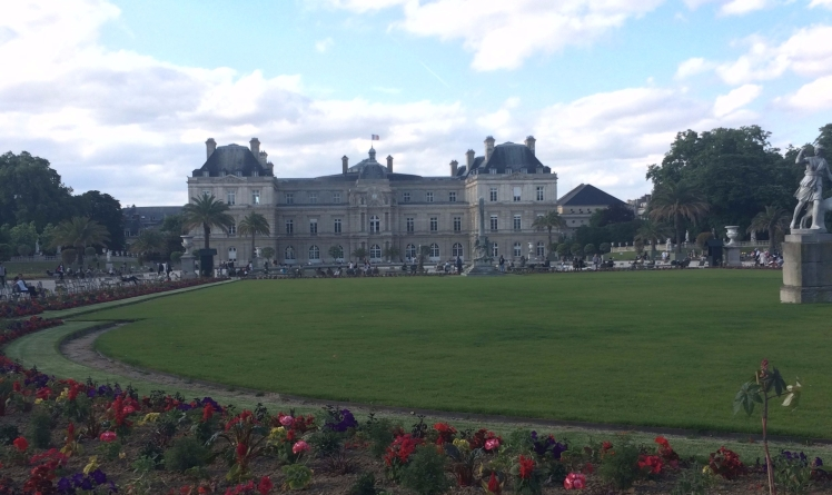 Luxembourg Palace Luxembourg Garden Paris France Picnic